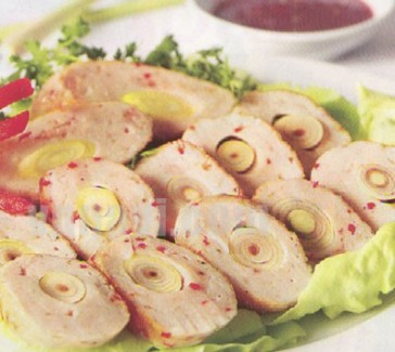 Cách làm chả cá thu cuộn sả – vị ngon của sự cần mẫn